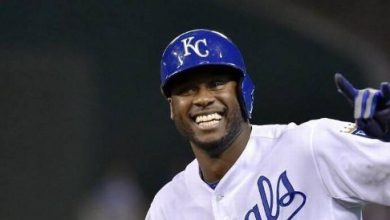 Photo of Lorenzo Cain Signs with the Brewers